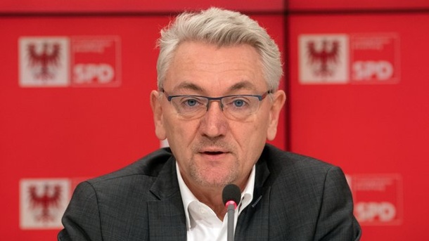 Rot-Rot will weniger Plastikmüll. Mike Bischoff (SPD)