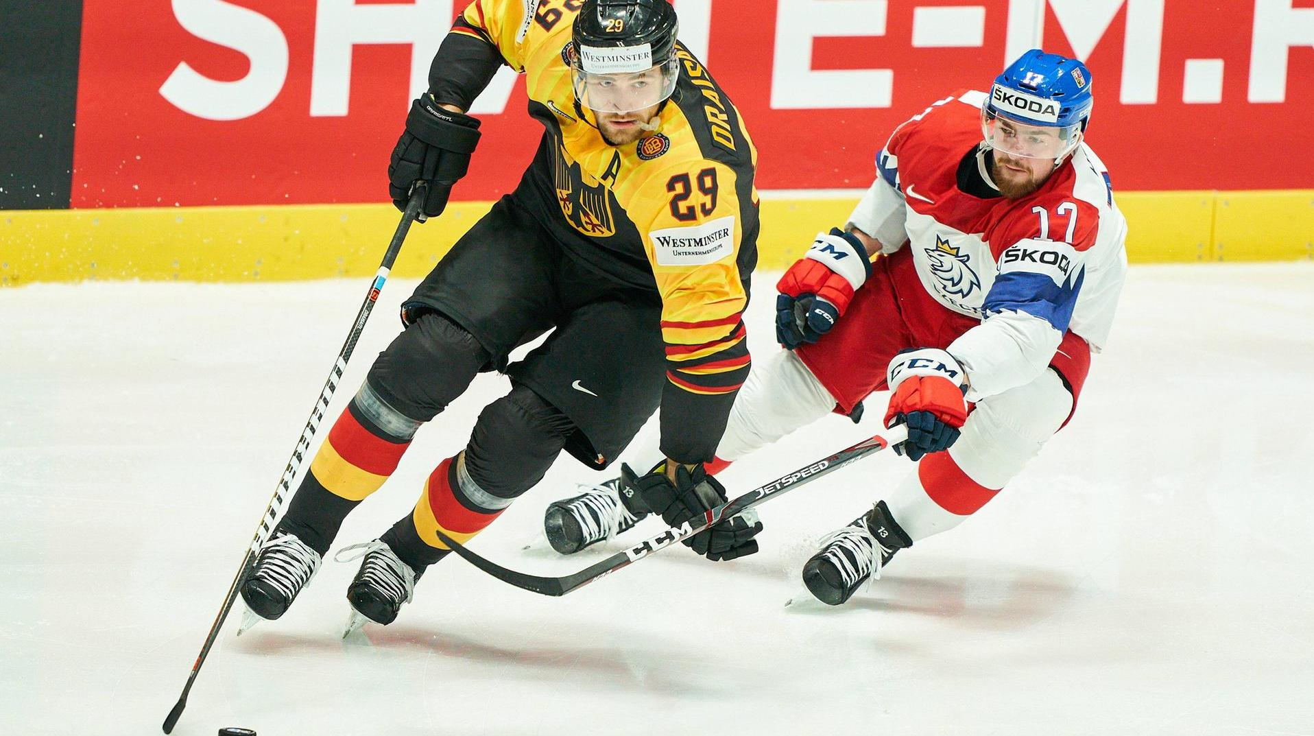 World Ice Hockey Cup: compensation! Germany meets soon before the third break | Live. Leon Drasaitl (l.) And the German team are fighting for the semi-final. (Source :)