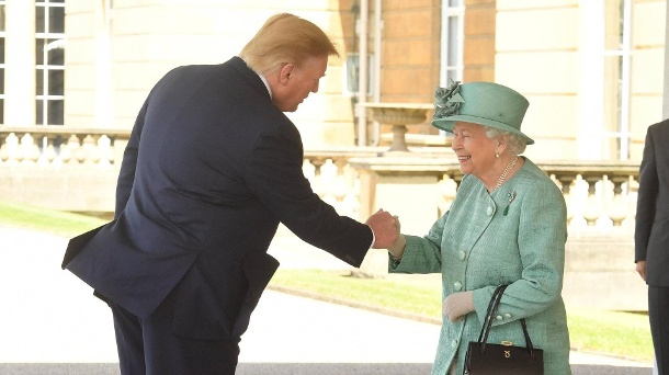 03 06 2019 London United Kingdom President Trump and his wife Melania with Queen Elizabeth II a (Quelle: Imago)