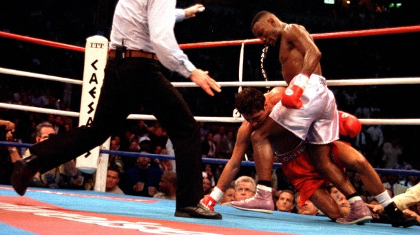 Pernell Whitaker: Tragischer Unfall – Box-Legende stirbt mit 55 Jahren. Karriere-Highlight: Whitaker (r.) gegen Oscar de la Hoya 1997 in Las Vegas. (Quelle: imago images/UPI Photo)