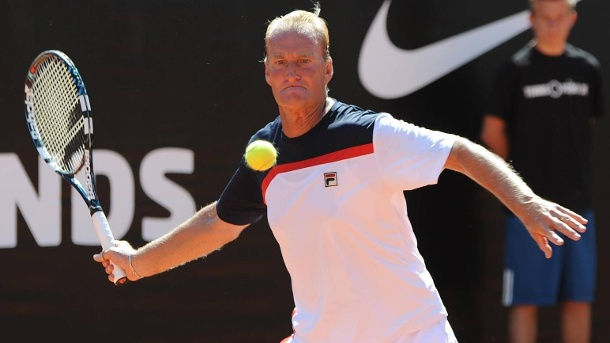 "Peter McNamara (†64): Tennis-Legende ist an Krebs gestorben. Liebte den Tennis-Sport: Peter McNamara beim ""Tennis Cup of Legends"" 2014 in Frankfurt am Main. (Quelle: imago images/Jan Huebner)"
