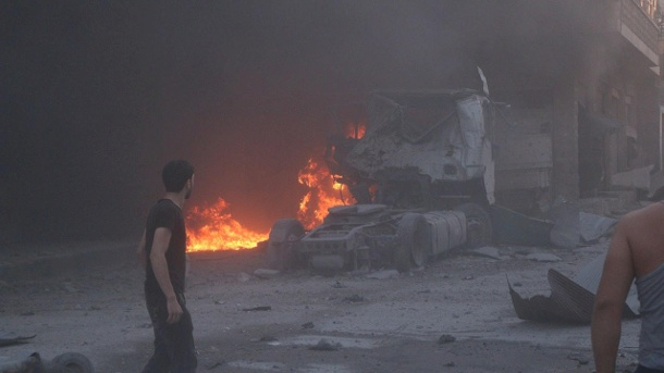 Luftangriff in Idlib. (Quelle: Reuters/Syria Civil Defence in the Governorate of Idlib )