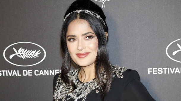 Salma Hayek at the Kering and Cannes Film Festival Official Dinner during the 72nd Cannes Film Fest (Quelle: Imago)