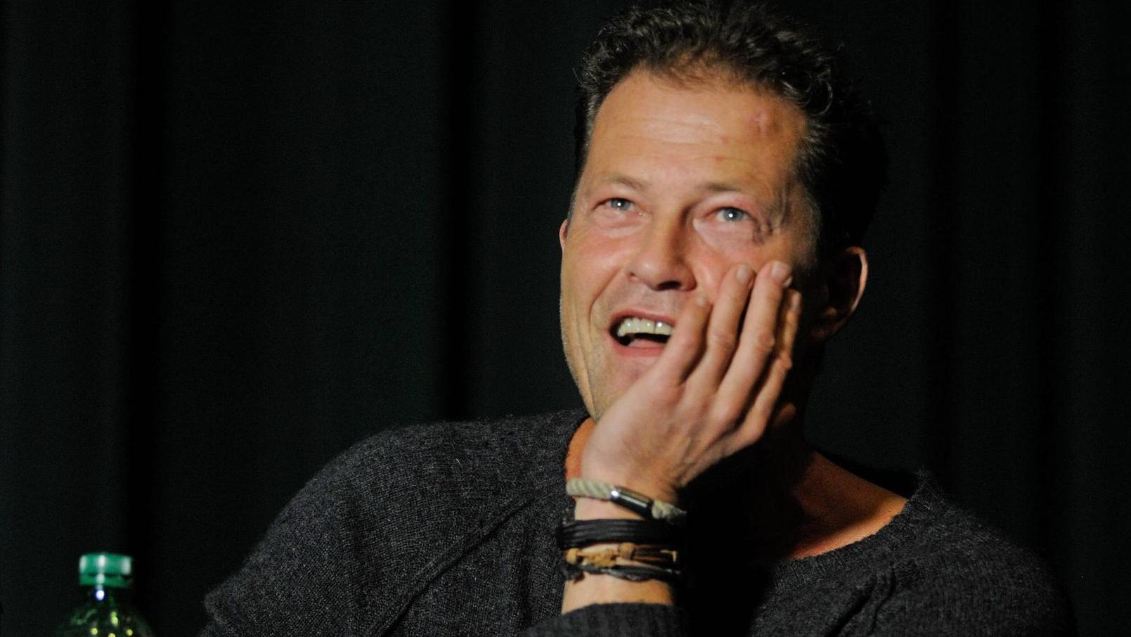 Til Schweiger Shows The Image Of His Father Similarity To