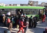 Evacuation of civilians in Aleppo (Quelle: dpa/Mustafa Sultan / Anadolu Agency)