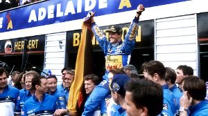 13.11.1994: Michael Schumacher wird Weltmeister (Quelle: imago images/Laci Perenyi)