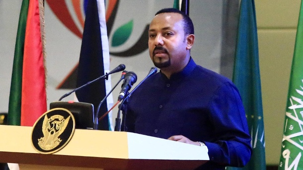 (190817) -- KHARTOUM, Aug. 17, 2019 -- Ethiopian Prime Minister Abiy Ahmed speaks during the signing ceremony of the po (Quelle: Reuters)