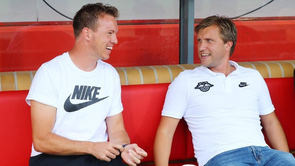 Markus Krösche (r.) mit Trainer Julian Nagelsmann. (Quelle: imago images/Picture Point LE)