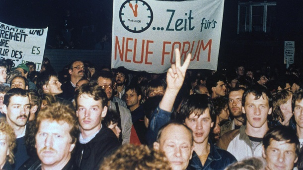 Montagsdemonstration in Leipzig (Quelle: dpa/dpa)