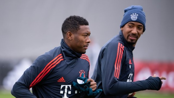 Champions League: Bayern im Abschlusstraining mit Boateng, aber ohne Tolisso. Jérôme Boateng (r) war beim Abschlusstraining des FC Bayern dabei.