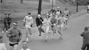 1967: Die Frau, die die Männerbastion Marathon stürmte (Quelle: Getty Images/Bettmann)