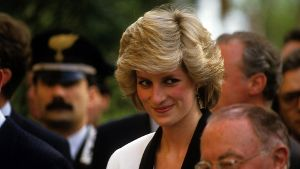 Diana Princess of Wales and Prince of Wales visit the Children s Hospital in Rome Italy Diana