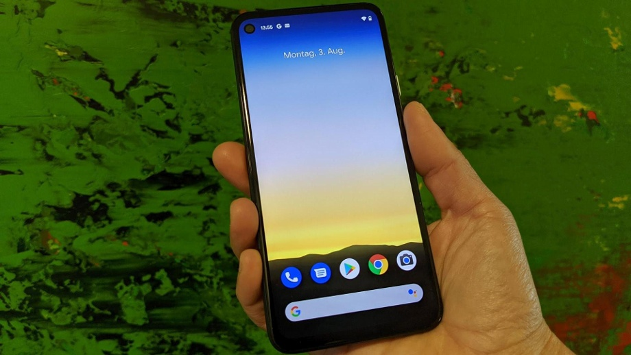 "Pixel 4a für 350 Euro: Google zeigt sein ""Kleines Schwarzes"". Das neue Pixel 4a: Googles ""Billig-Version"" des Flaggschiffs kommt im Oktober in den Handel.  (Quelle: t-online)"