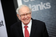 Platz 4: Warren Buffett, Chef der Investmentfirma Berkshire Hathaway. Vermögen laut Forbes: 73,5 Milliarden US-Dollar (Quelle: imago images/ZUMA Press)