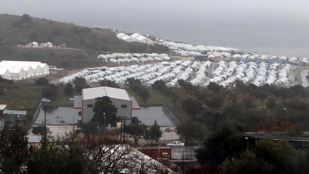 A general view shows the Kara Tepe camp for refugees and migrants on the island of Lesbos (Quelle: Reuters)