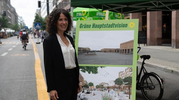 Berlin: Greens see European models for urban redevelopment.  Bettina Jarasch, top candidate of the Greens: Your party wants to orient its visions for a Berlin of the future on big cities like Copenhagen or Barcelona.  (Source: dpa)