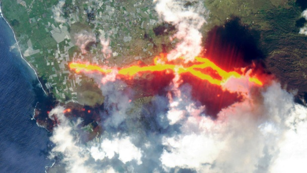 Satellite image from Cumbre Vieja: In the early morning, the strongest tremors so far since the eruption of the volcano were measured.  (Source: Reuters)